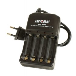ARCAS akkutöltő 1-4db AA vagy AAA akkukhoz